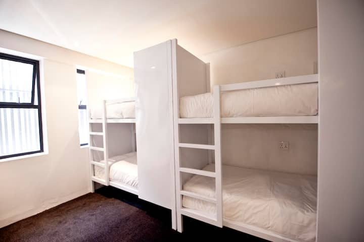 1x Bed in a shared female only dorm