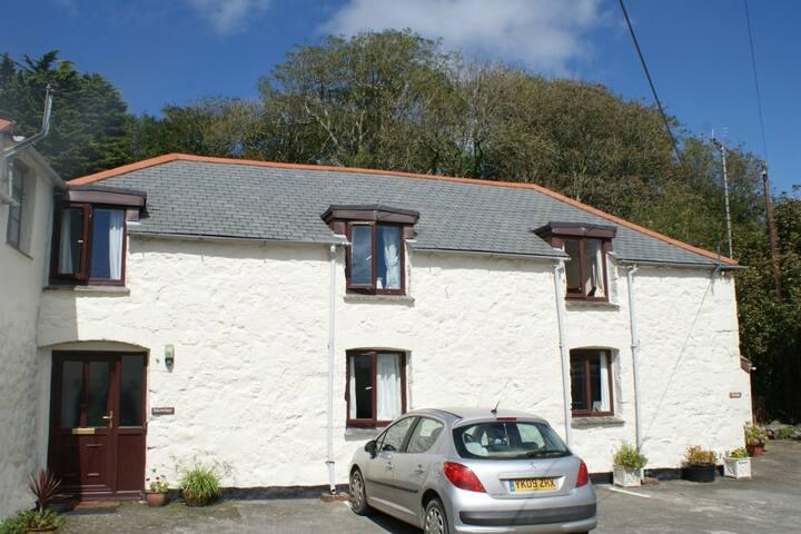 Cosy & tranquil,garden,parking,5 mins beach & pub, - Lizard - Σπίτι