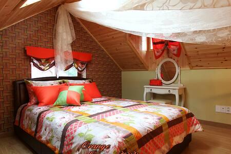 Orange Queen room with Jet Spa! - Sang-myeon, Gapyeong-gun