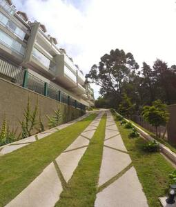 Gaudi 17 - apartamento em Campos do Jordão