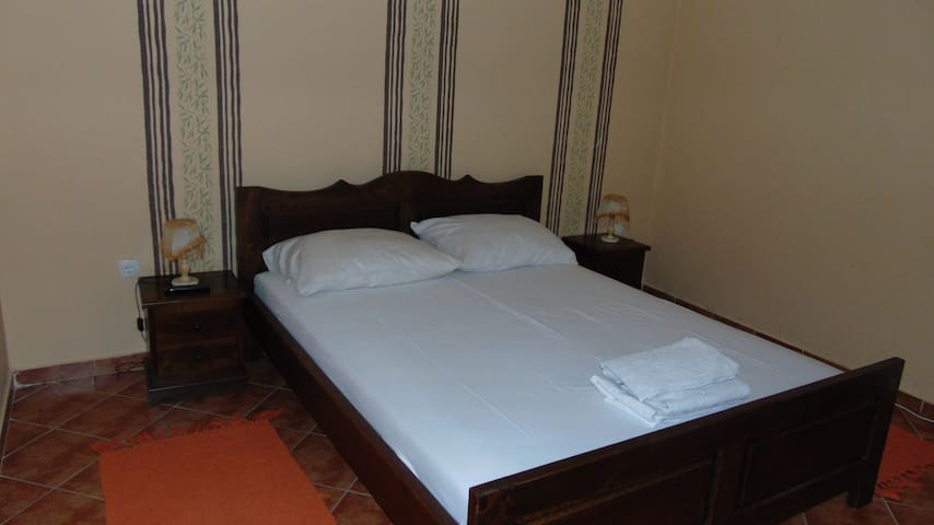 MILIN LAGUM - Classic Double Room with Shower