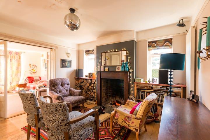 Sunny room with en suite bathroom - Nailsworth - Hus