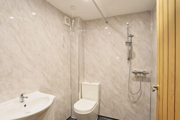 Wet Room with Downstairs Bedroom