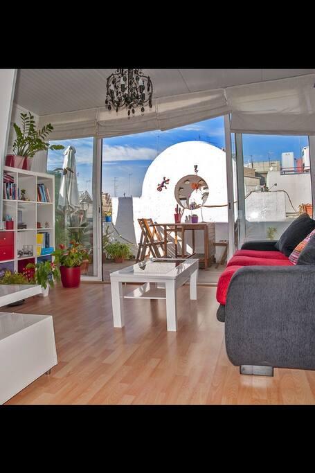 Salon con salida a terraza
