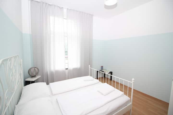 Nice 3-Room Apartment in the middle of the city