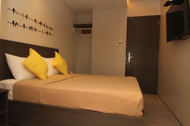 Standard Double @ Mabolo Royal Hotel