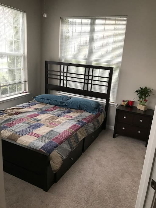 "Queen size storage bed, nightstand, dresser and 32"" smart tv."