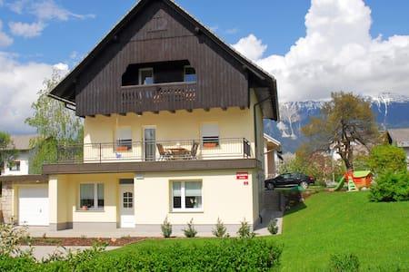 Apartment KoreNina Bled - Bled