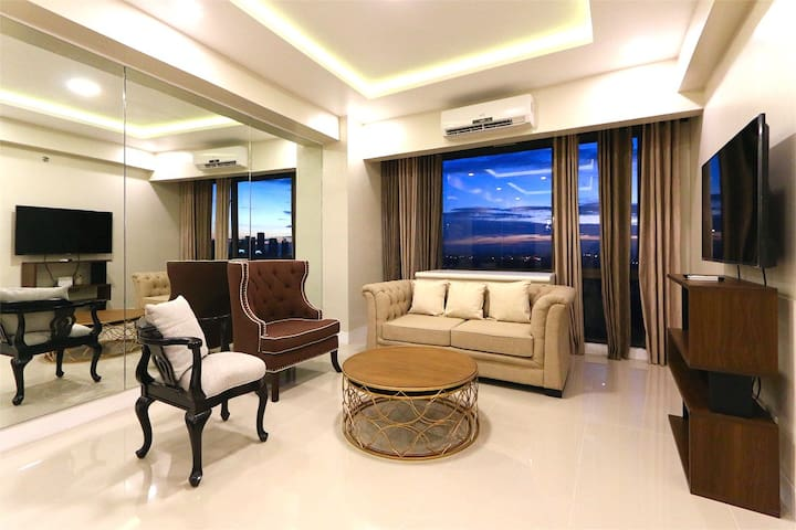 Luxurious 1BR Bellagio 3, Golf View, 50 Mbs wifi