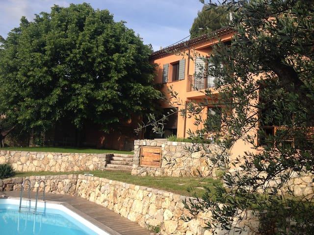 Villa in the hills behind Grasse - Le Tignet - Casa
