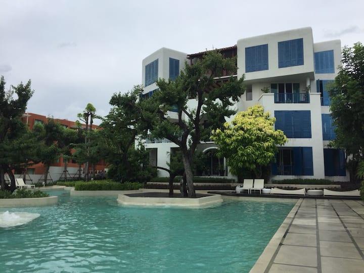Chelona Khao Tao Huahin. Seaside Condominium