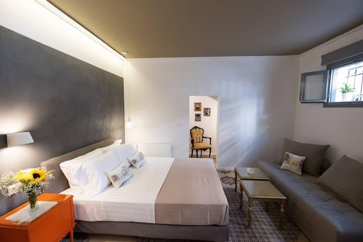 Elite Three Bed Studio