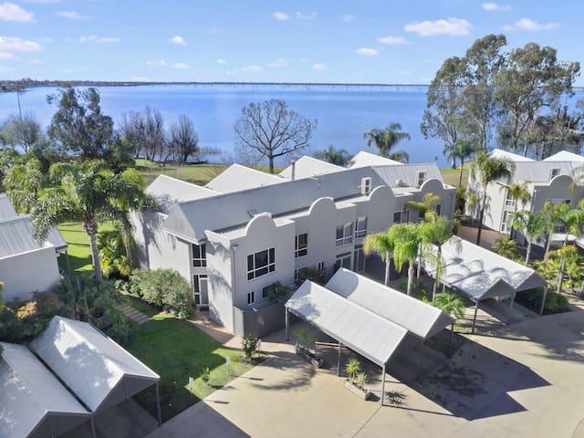 Waterfront Mulwala - Lucy Apartment Villa Tarni 14