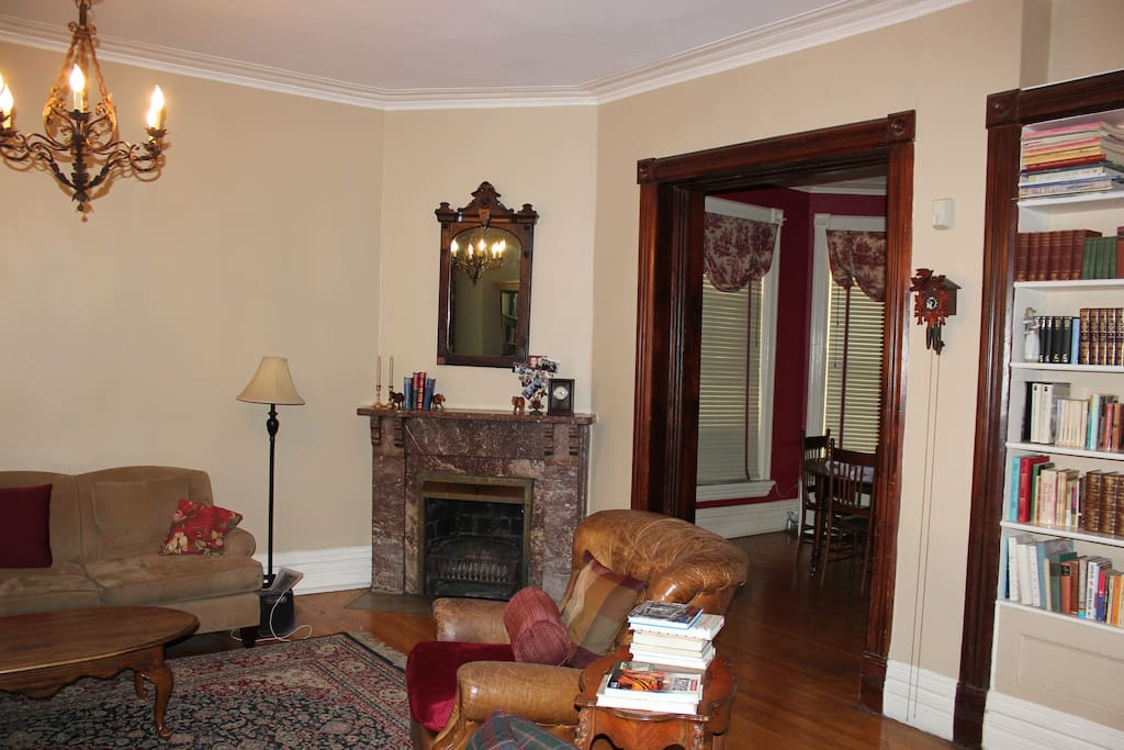 Living room adjoining to Dining Room