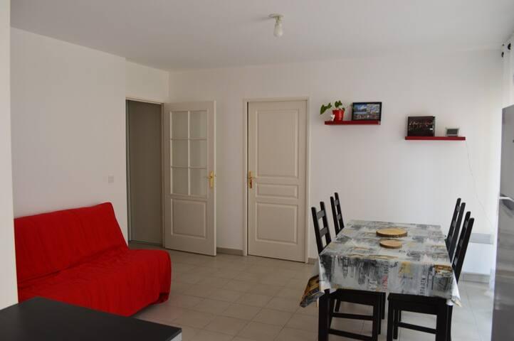 Appartement T2 44m² - Centre ville - Salon-de-Provence - Apartemen