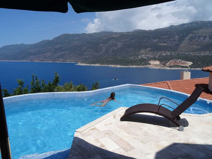 Villa Hans - Luxury Houses with Infinity Pool