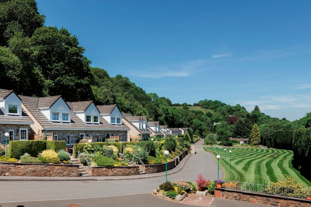 Set within the 18 acre Crylla Valley Estate