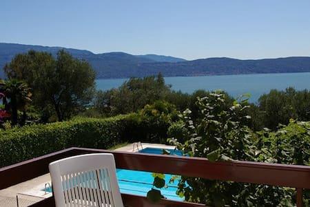 Studio with Balcony & Pool, overlooking Lake Garda