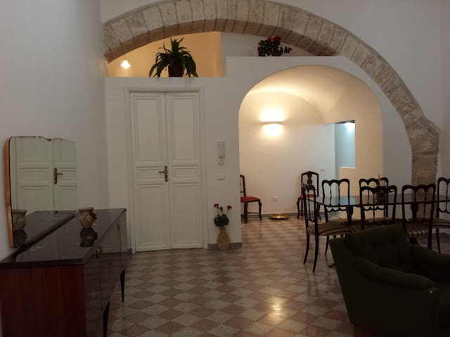 Charming newly restaured apartment  - Alcamo