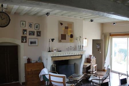 chbre 2 p 10mn le mans,45 mn tours  - Bed & Breakfast