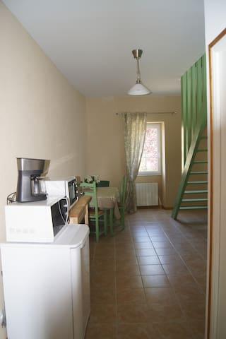 Appartement à la ferme - 4 km mer  - Bény-sur-Mer - Wohnung