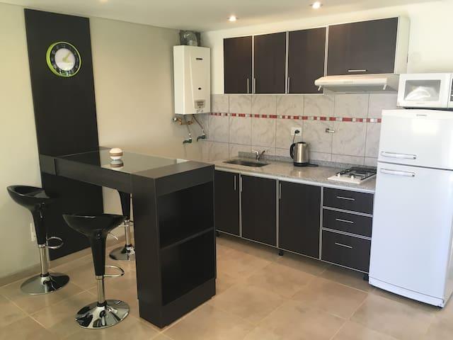 Excelente Studio Deluxe equipado - El Calafate - Apartment