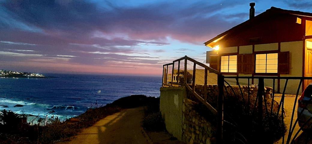 Hermosa Casa Vista al Mar Quisco Norte