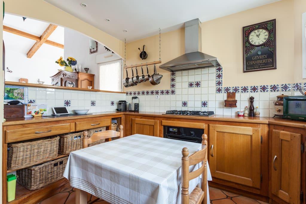 Belle villa entre mer et vignes maisons louer m ze for Chambre 6095