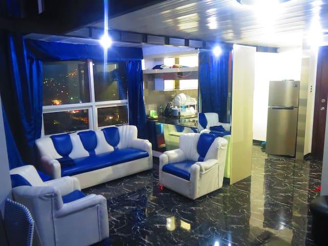 2 Floor Luxury Furnished Loft Condo Central Cebu - Cebu - Pis