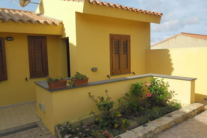 Comfortable apartment near the beach with balcony - Funtana Meiga - Apartamento