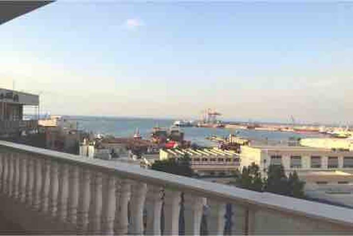 El-Mina   Ocean view