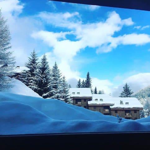 Splendida casa a pochi metri dalle piste da sci
