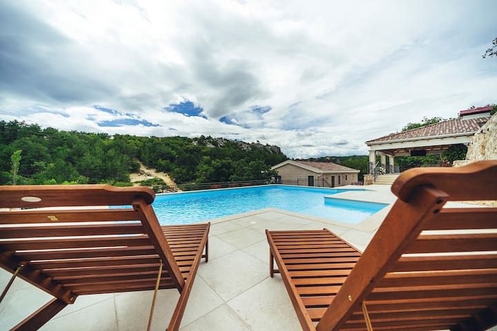 ctim241 - Modern furnished holiday home wih a private pool in Imotski - Makarska, detached house, ideal for 8+3 persons, wi-fi, AC- Luxury Villa Borak