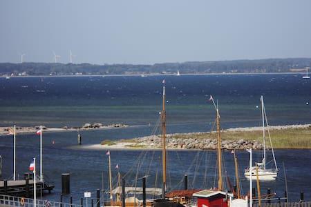 Romantische Nächte auf dem Boot - Wendtorf