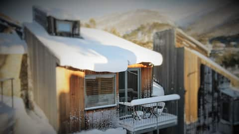 CHILL-OUT @ THREDBO - freestanding ski cabin
