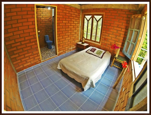 Beautiful rooms in the forest - Manizales - House