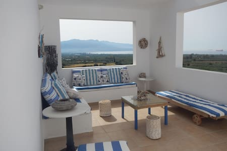 2bedrooms with amazing view close to the beach - Megali Spilia - Talo