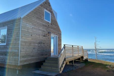 Oceanfront cabin in Lawrencetown