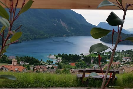 Lodge ' LE SOLEIL'  Molveno al Lago (studio)**** - Molveno - วิลล่า