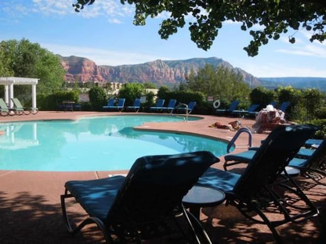 RedRock Private1BRVillaOnGolfCourse w/pools+hotubs