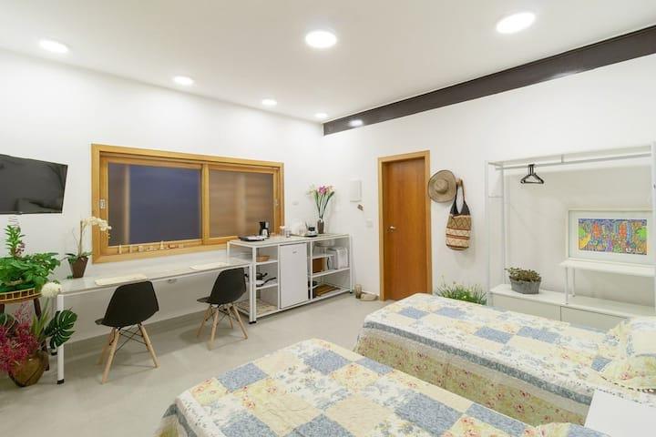 Melhores Suites do Alto de Pinheiros. Próx. USP 1