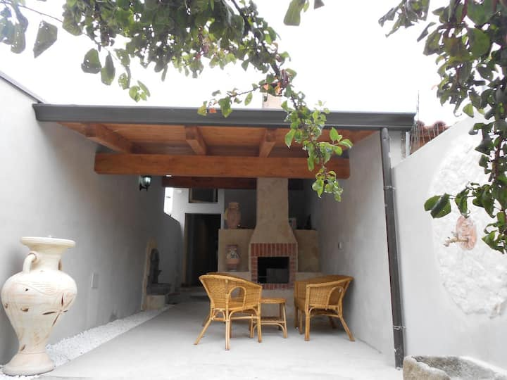 Central Holiday House Sisse with Extraordinarily Decorated Courtyard & Barbecue; Parking Available