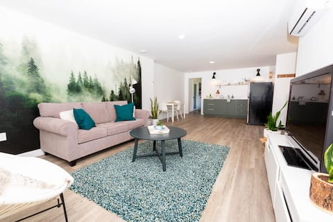 Modern 1 bedroom with a serene vibe