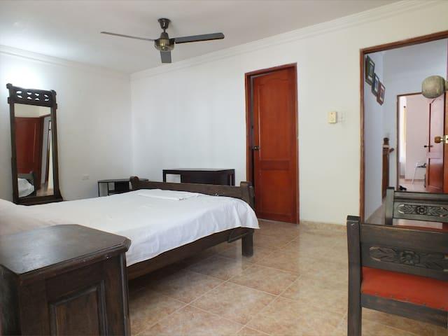 En la mejor playa  - Habitación ensuite y balcon - Santa Marta (Distrito Turístico Cultural E Histórico) - Maison