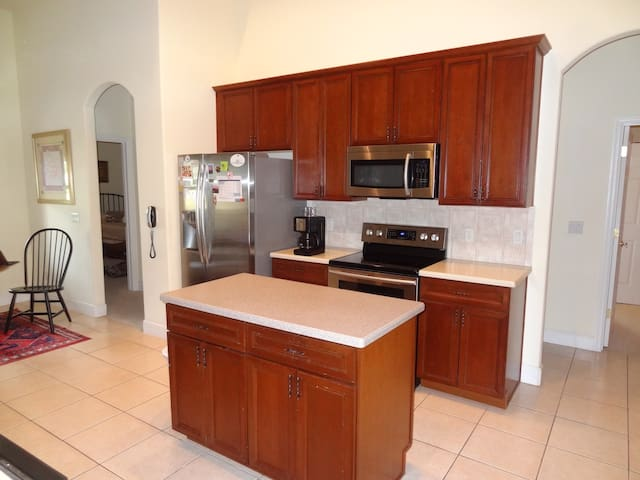 Kitchen has all new stainless Samsung appliances