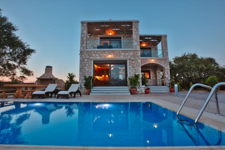 Azure Palatial | 3 BR | Sea View | Private Pool