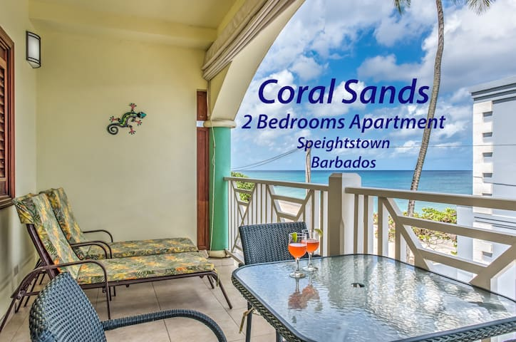 Coral Sands AC beachfront apt., near amenities
