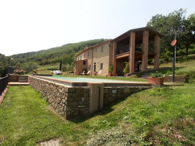 Farmstead in Tuscany - Serravalle Pistoiese - Apartment
