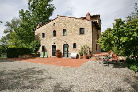Montespertoli, Old Mill in the sun  - 特斯佩托利