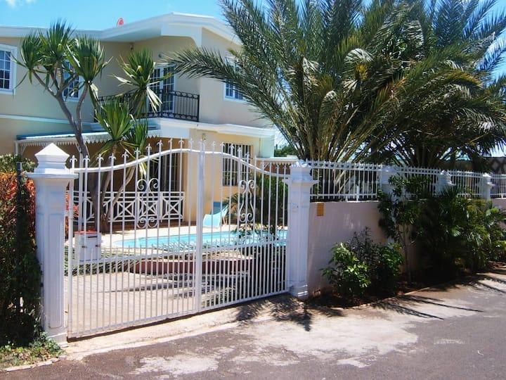 Appartement avec piscine à Albion